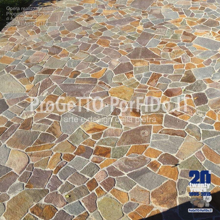 piazzale parcheggio in porfido mosaico misto gigante
