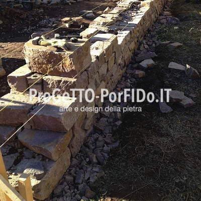Muri e muretti di porfido e pietre naturali
