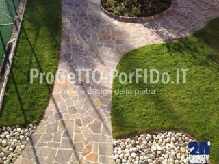 lavori di mosaico con il porfido in giardino