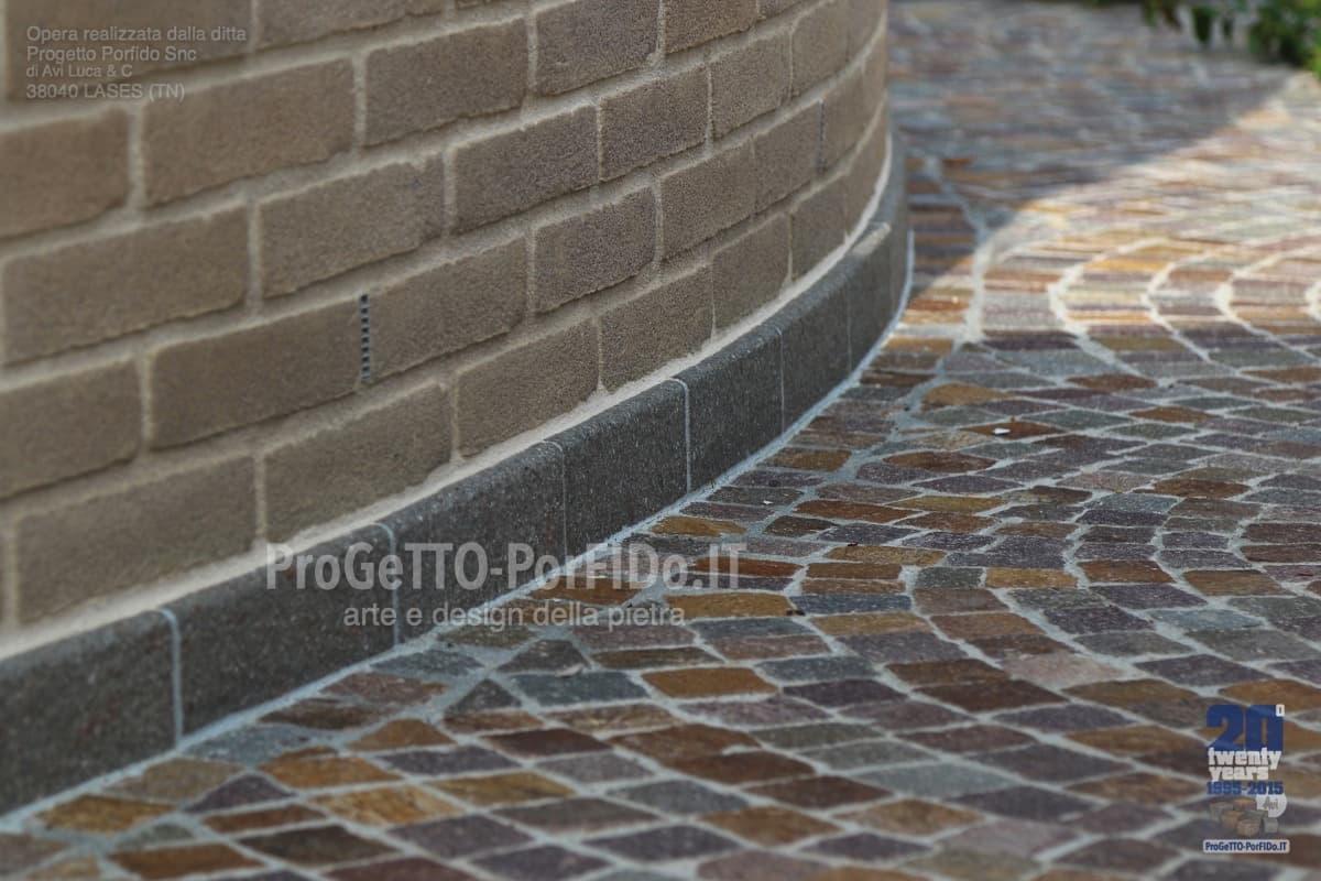 marciapiedi cubetti porfido